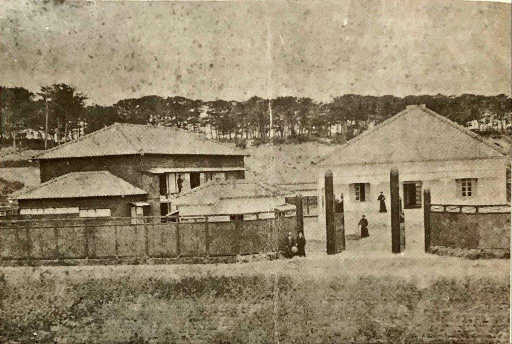 明治19年ごろの新潟教会と明道小学校